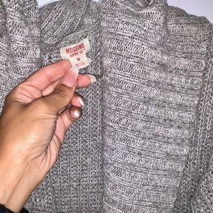 Gray Sweater excellent condition